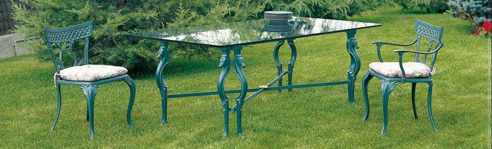 Dise o de muebles de aluminio fundido sillas y mesas de forja for Sillas de forja para jardin